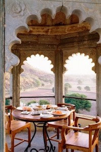 You may chose to stay in some of the beautiful palaces of Rajasthan
